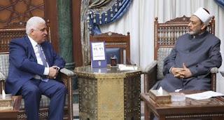 رئيس هيئة الحشد الشعبي وشيخ الأزهر في مصر  يؤكدان أهمية انهاء أفكار التطرف والانقسام