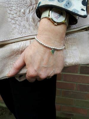 image showing kookytwo silver heart bracelet