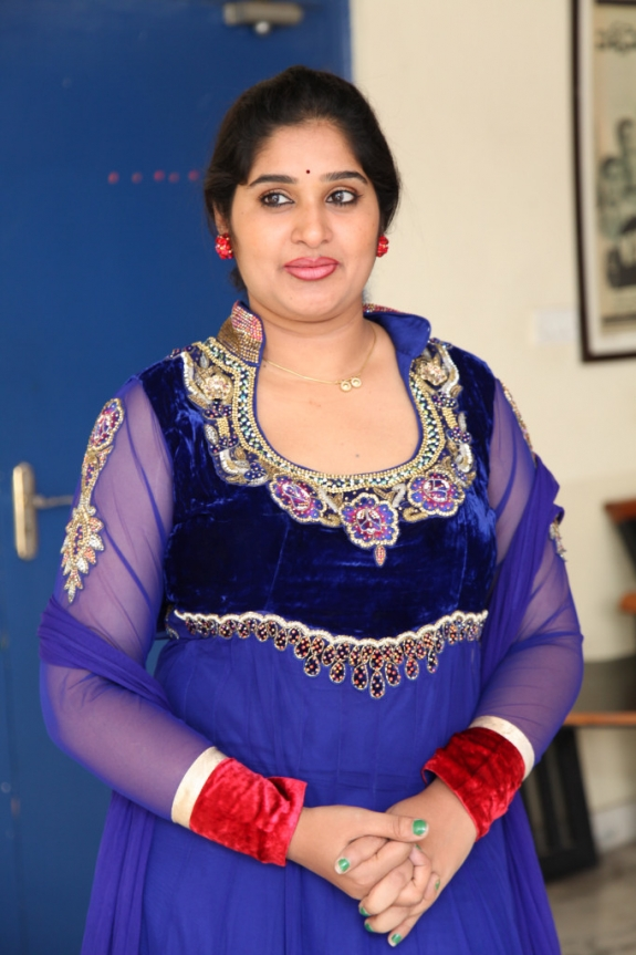 Tollywood Tv Actress Priya Aunty Glamours Images In Blue Churidar Dress -6494