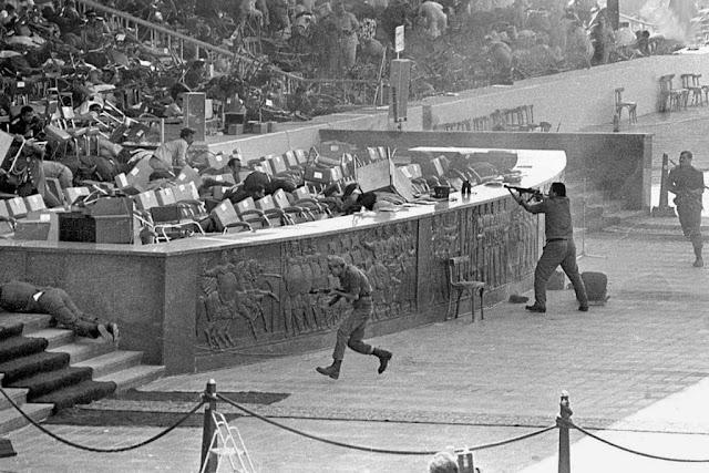 Asesinato de Anwar Al-Sadat, foto tomada el 6 de octubre de 1981. Fotos insólitas que se han tomado. Fotos curiosas.
