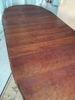 staining a table