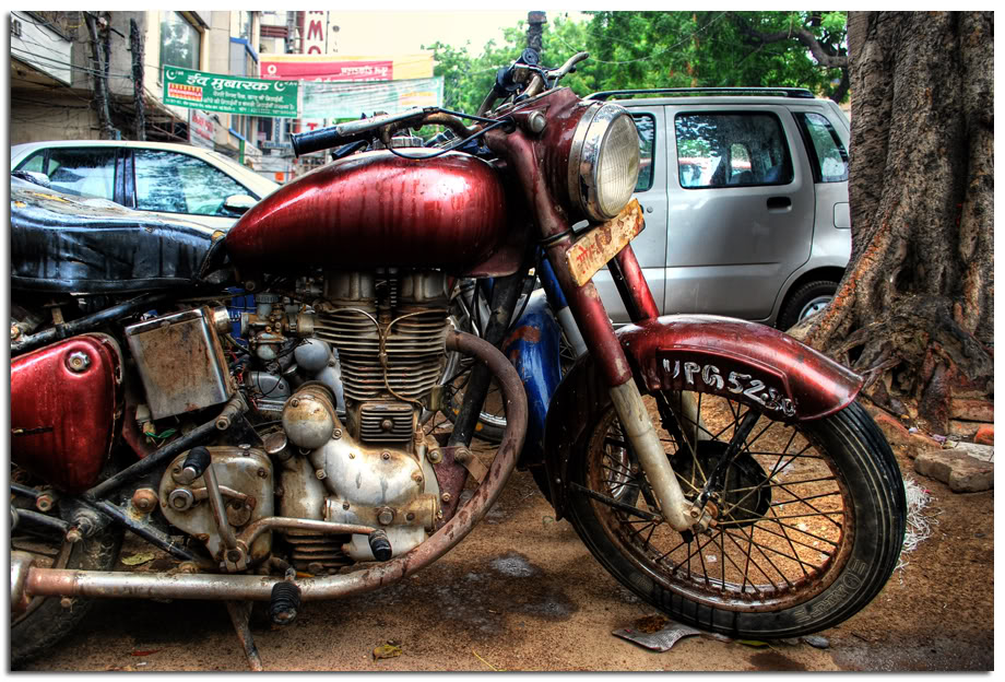 royal enfield bullet cafe racer ~ return of the cafe racers