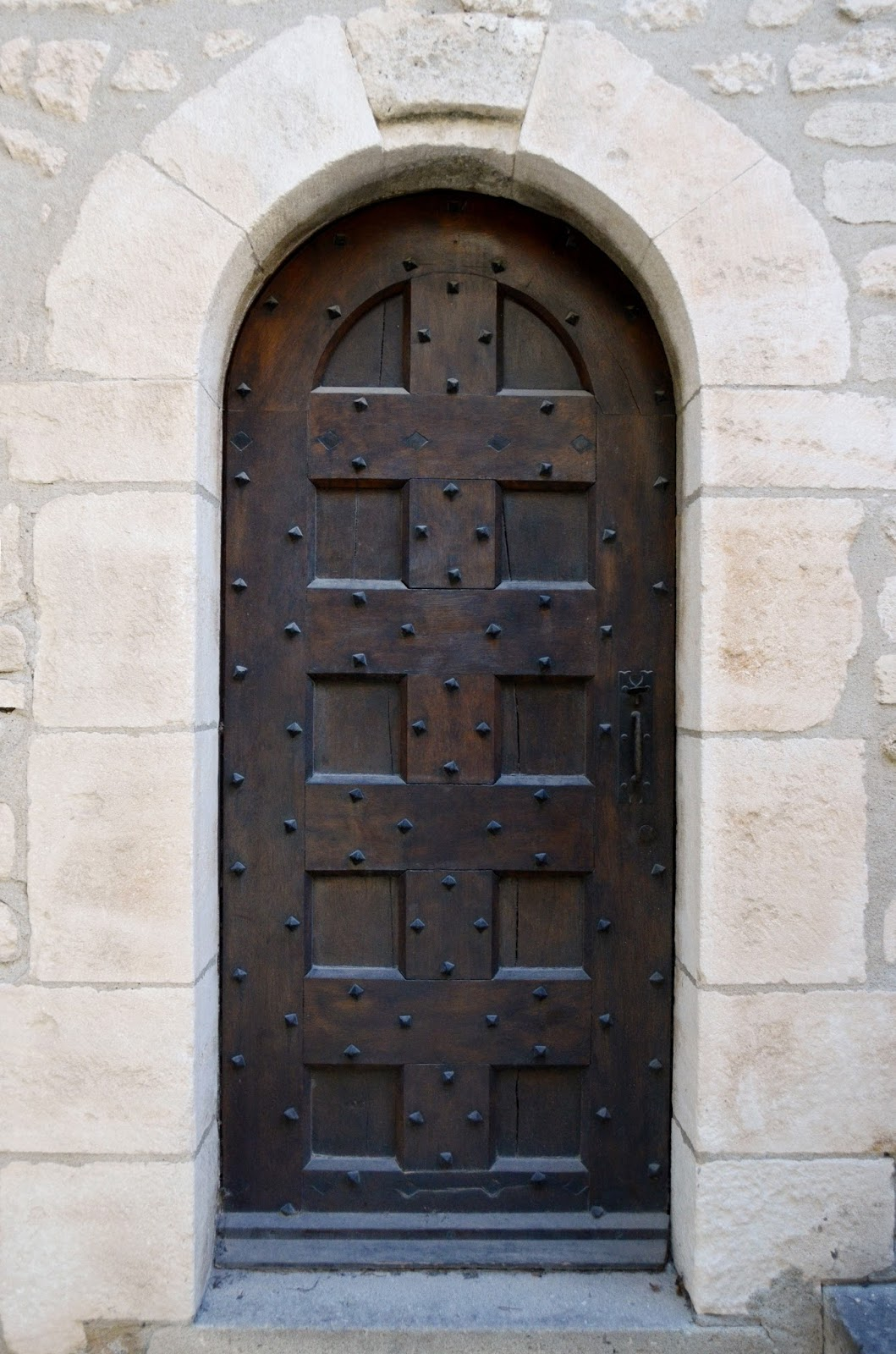 the many beautiful doors of france