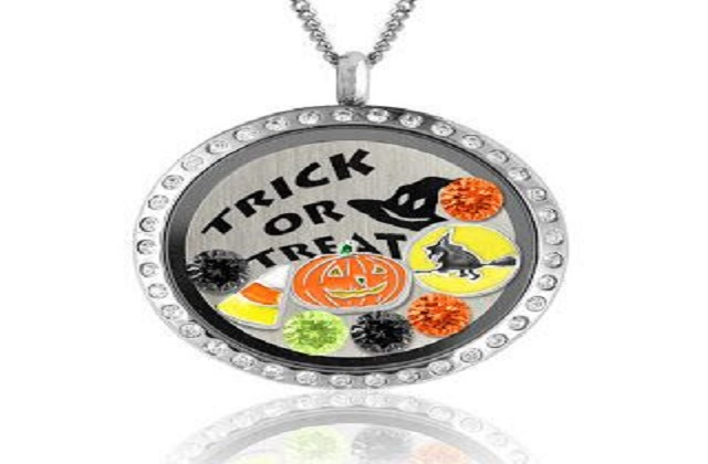 Halloween Reminders & A Touch Of Dazzle Jewelry Giveaway