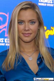كريستانا لوكن (Kristanna Loken)، ممثلة أمريكية