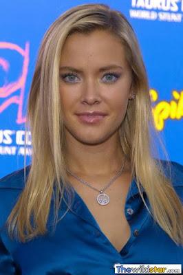 قصة حياة كريستانا لوكن (Kristanna Loken)، ممثلة أمريكية، من مواليد 1979