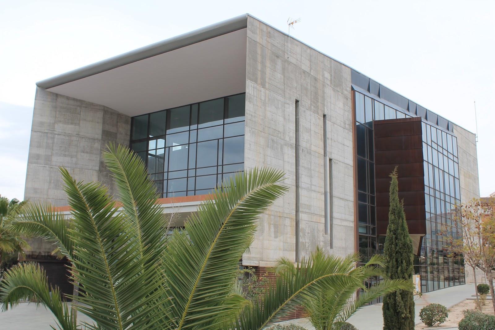 A diez minutos del centro 188 molina de segura centro for Piscina municipal molina de segura