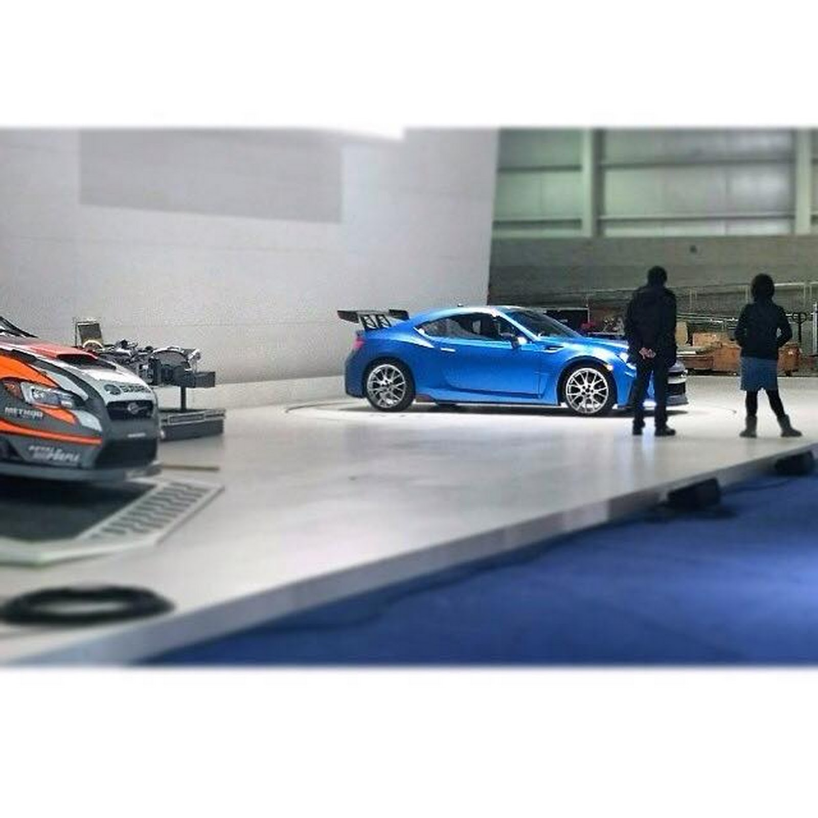 mystery subaru brz appears at new york auto show stand. Black Bedroom Furniture Sets. Home Design Ideas