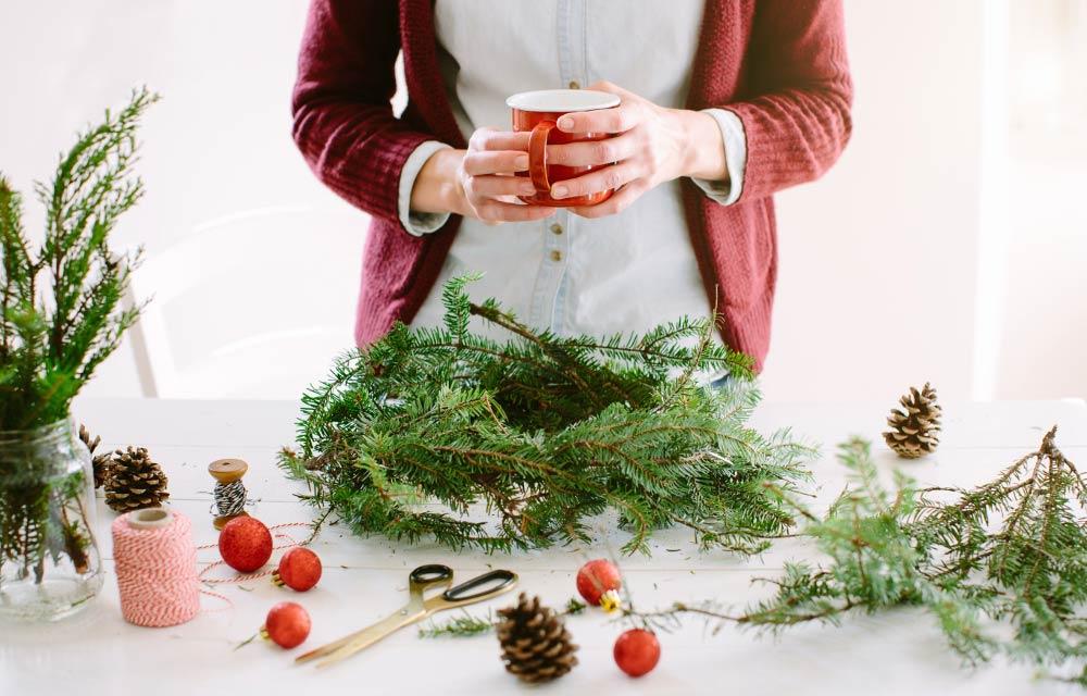 La natura dentro casa con originali decorazioni di natale for Decorazioni natalizie fai da te