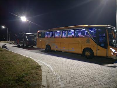 Bus Pariwisata Tujuan Malang Surabaya