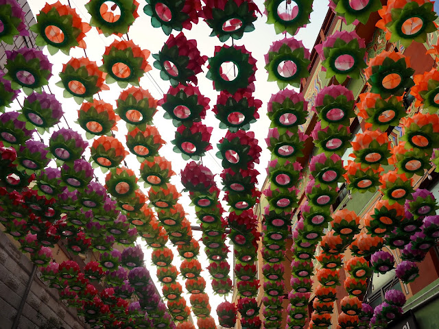 Flower lanterns by the Yongdusan escalator in Nampo-dong, Busan, South Korea