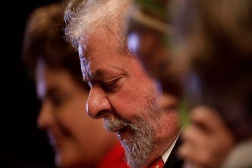 Palocci admite ter entregue dinheiro vivo a Lula