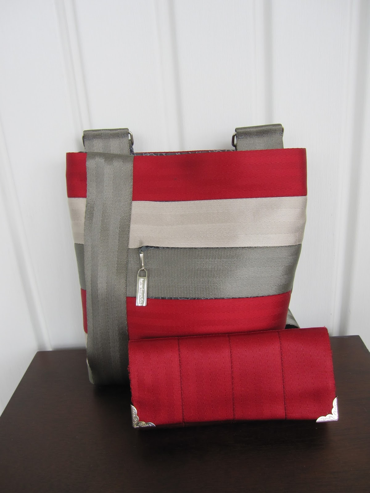 shades of BOLD : The Seat Belt Series: The Crossover Bag and