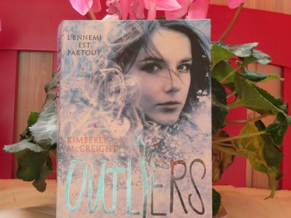 Outliers, tome 2 : Livre II de Kimberly McCreight