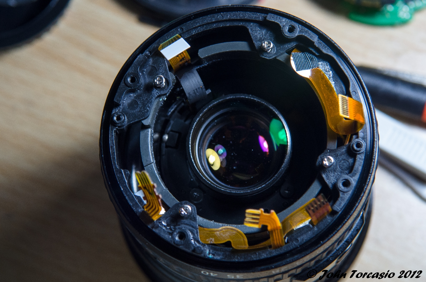 Canon Lens 17-40mm EF f4L USM Circuit board removed