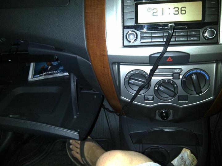 Download Gambar Mobil Grand Livina 2012