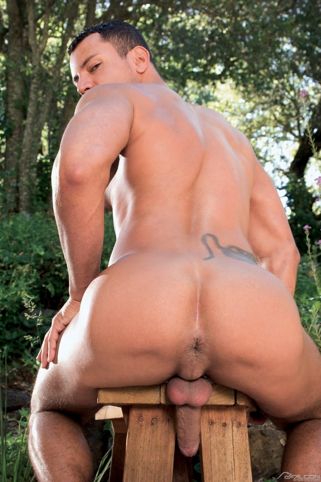 Naked Guys Ass