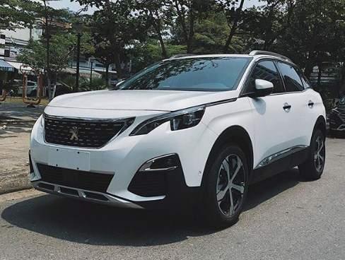 Peugeot_3008_putih