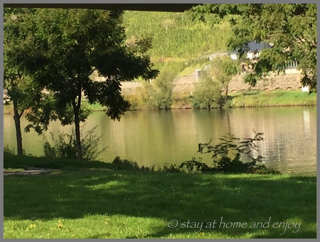 An. der Mosel - stay at home and enjoy