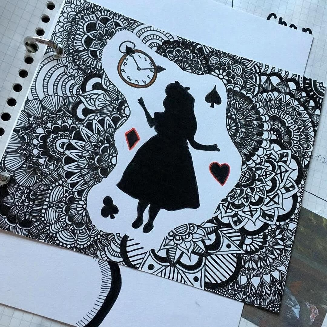 08-Illustrations-Alice-in-Wonderland-hello_zenart-Different-Styles-and-uses-for-the-Zentangle-Pattern-www-designstack-co