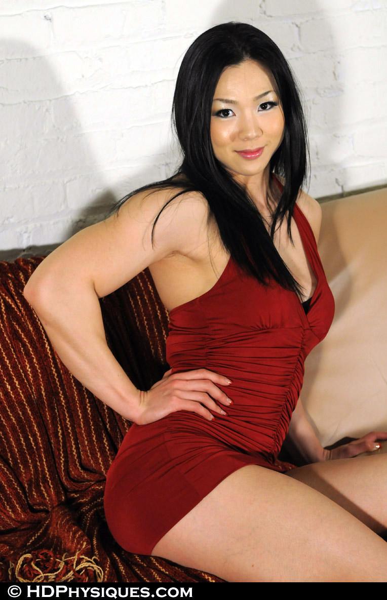 asian muscle girls