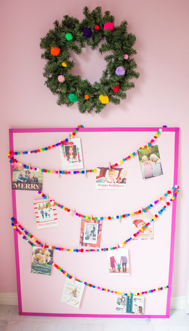 make this sweet pom pom garland christmas card display