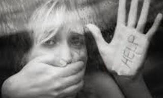 Σοκ στο Βόλο: 35χρονος αποπειράθηκε να βιάσει 25χρονη στο κέντρο της πόλης
