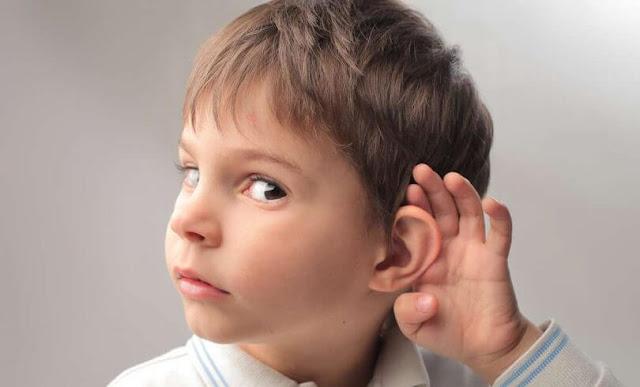 ضعف-السمع-في-الأطفال-الصمم