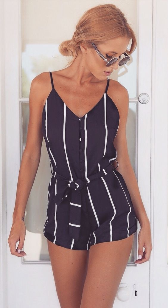 40 Ways to Make Black-and-White Work for You – Trendy outfit Ideas