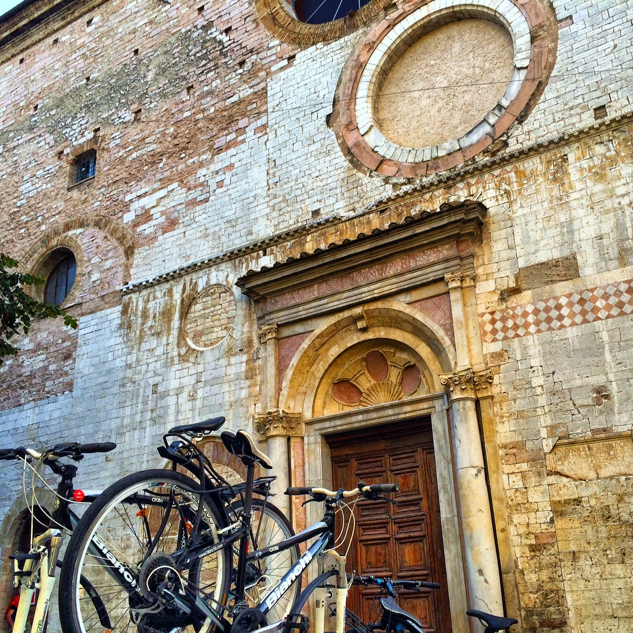 bike rental in spello
