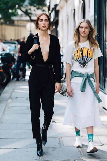 Street style à la Fashion Week haute couture automne-hiver 2017-2018 à Paris
