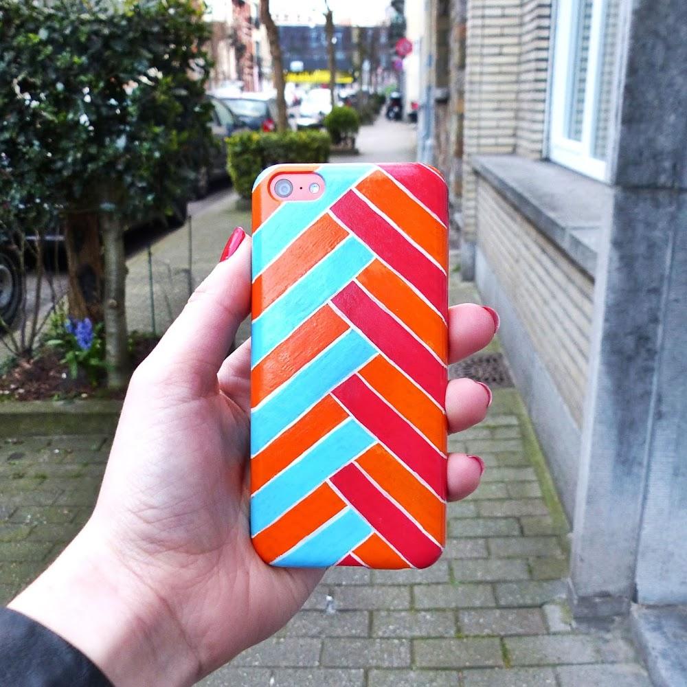 DIY : Customiser sa coque de téléphone avec des feutres posca ...