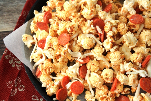 Pepperonie Pizza popcorn recipe