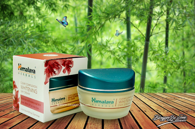 Clear Complexion - Day Cream Himalaya