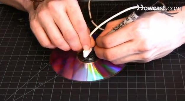تحديد جاك الايفون على فتحة CD