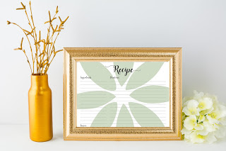 http://tailoredbytiera.blogspot.com.es/2016/06/free-printable-simple-floral-recipe-card.html