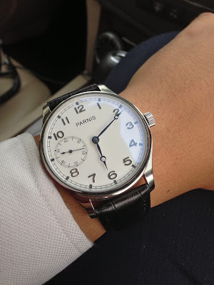 http://easternwatch.blogspot.com/2014/02/parnis-44mm-white-dial-swan-neck-hand.html