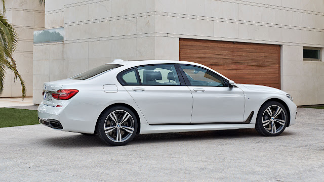 The new BMW 7 Series M