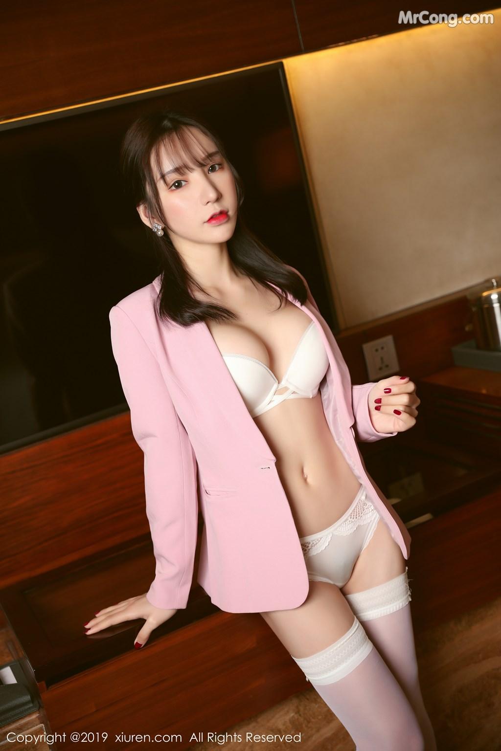 Image XIUREN-No.1391-Zhou-Yuxi-Sandy-MrCong.com-026 in post XIUREN No.1391: Zhou Yuxi (周于希Sandy) (51 ảnh)