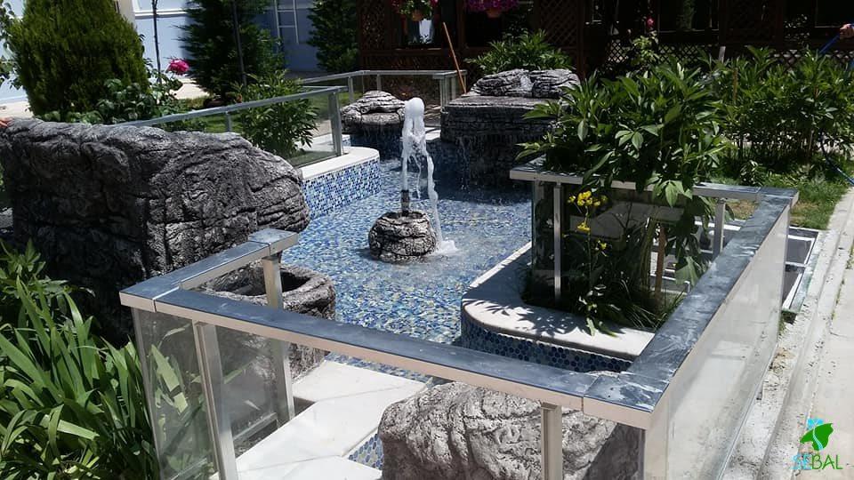 vaki konağı bahçesi havuz