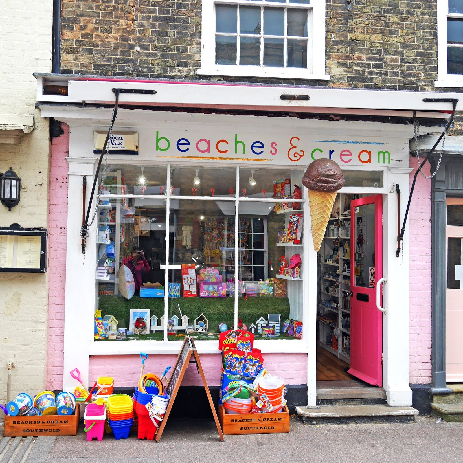 Beaches & Cream shop in Southwold town centre