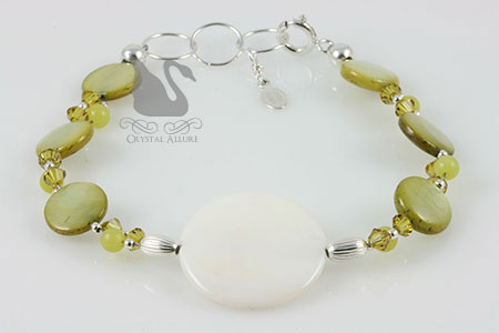 Peridot Jade Mother of Pearl Beaded Bracelet (B161)