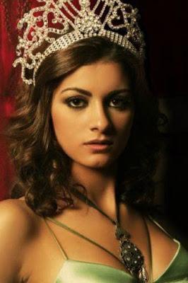 قصة حياة مريم جورج (Meriam George)، عارضة أزياء مصرية، من مواليد عام 1987