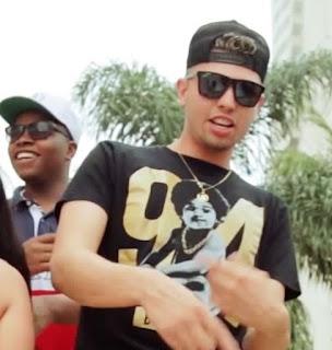 Baixar Musica Empina a Bunda – MC Luizão e MC Junaga Mp3 Grátis