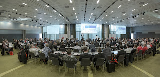 Rund Teilnehmer bei der DataCore Partner Konferenz