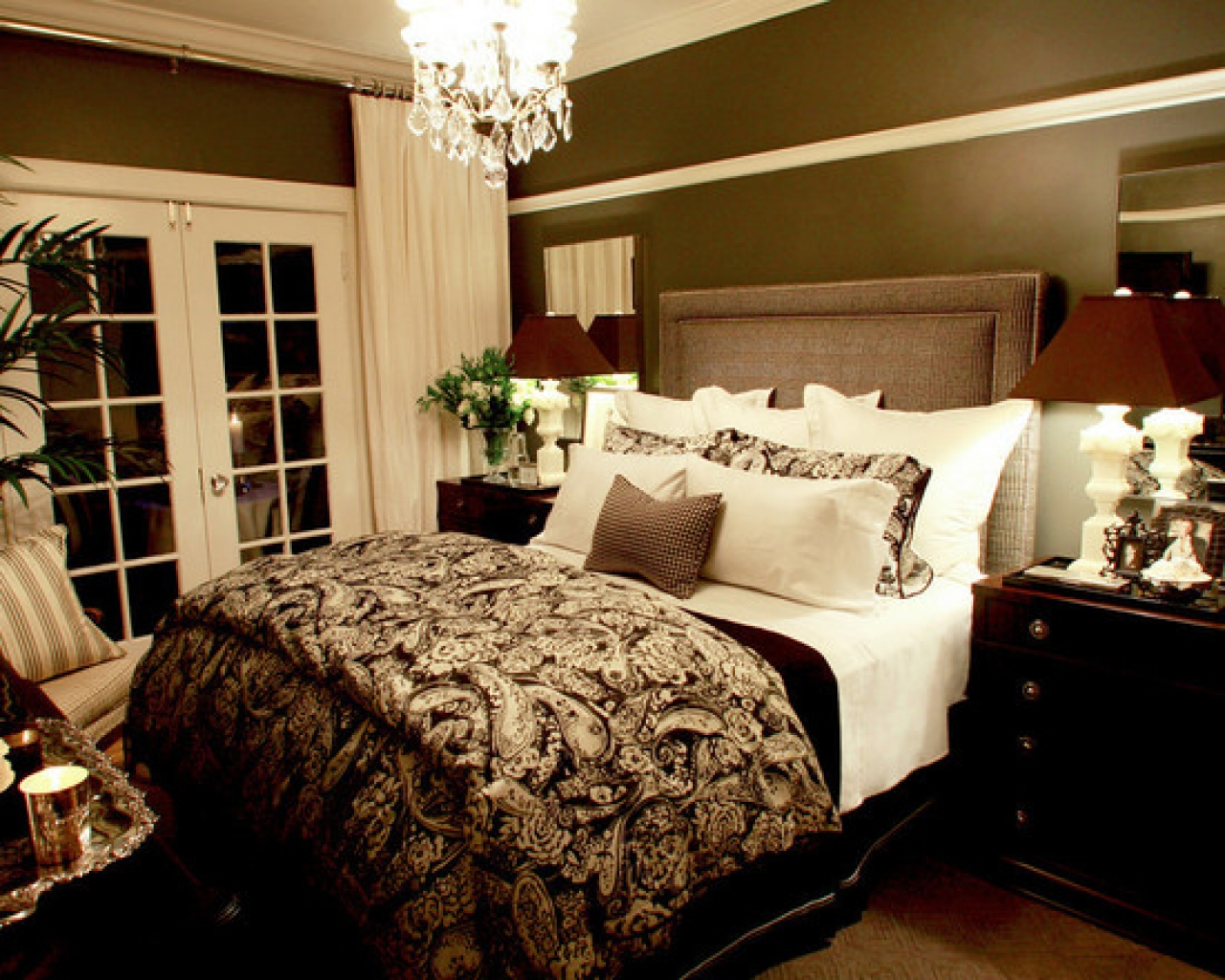 Women's Room Decor Ideas And Tips: Romantic Style!! - femininity and on romantic country living rooms, romantic living room brown leather, designs for teenage girls room, romantic homes decorating, romantic dining rooms, romantic fireplace in living room,