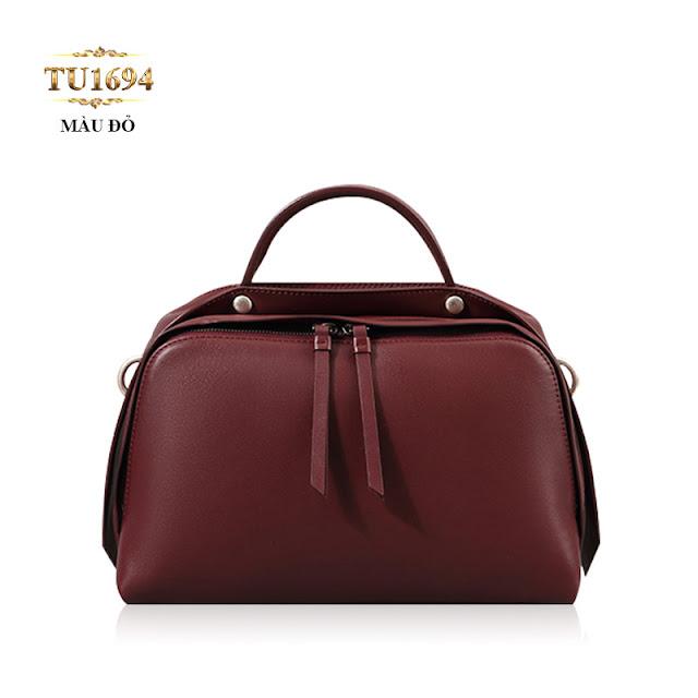 Túi xách đeo cao cấp form bầu dục khóa trên sành điệu TU1694 (Màu đỏ)(11,992,000 VND)