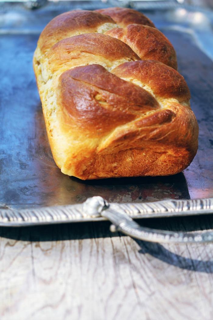 Crescia al Formaggio-Italian Easter Cheese Bread