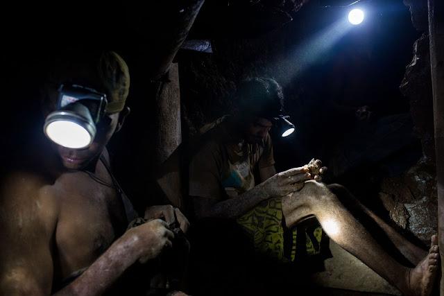 Bloomberg: La sangrienta fiebre del oro en la ciudad más peligrosa de Venezuela