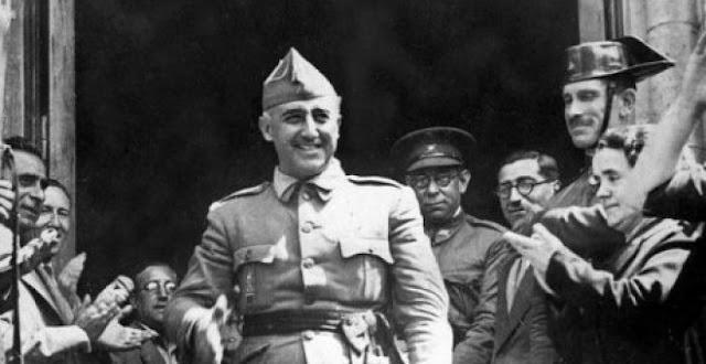 Defensa investiga a los cinco reservistas que firmaron un manifiesto que exaltaba a Franco